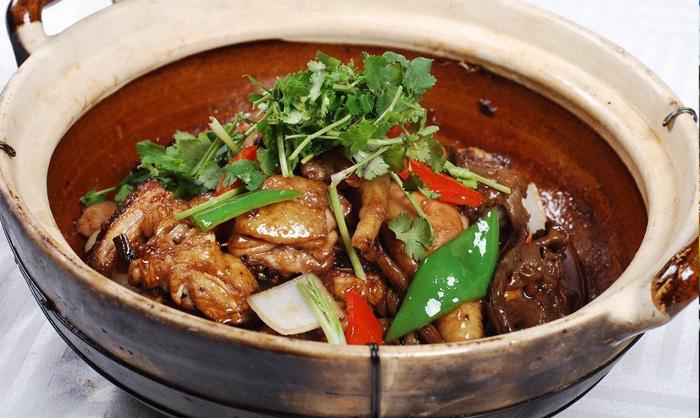 奇味鸡煲王