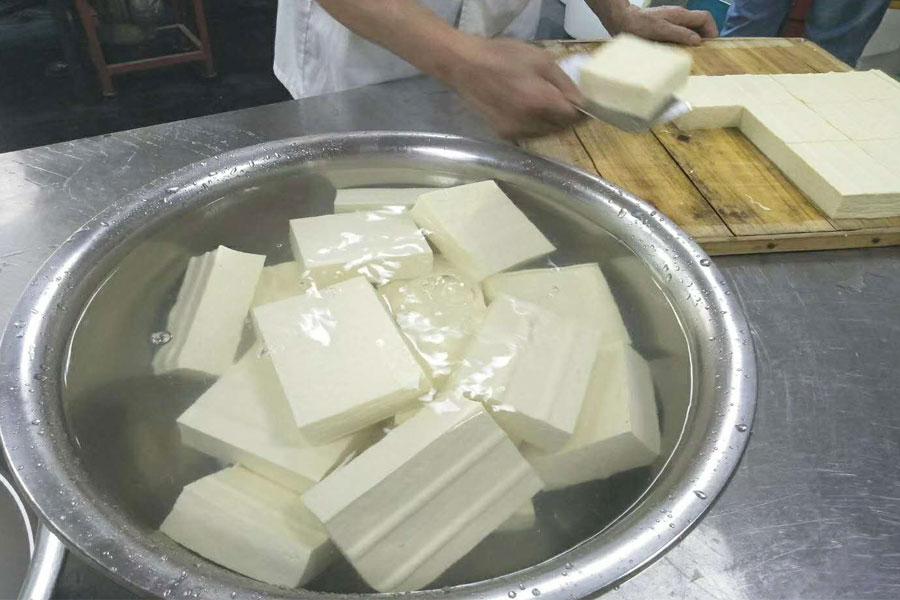 """""""一斤豆腐的成本和利润"""""""